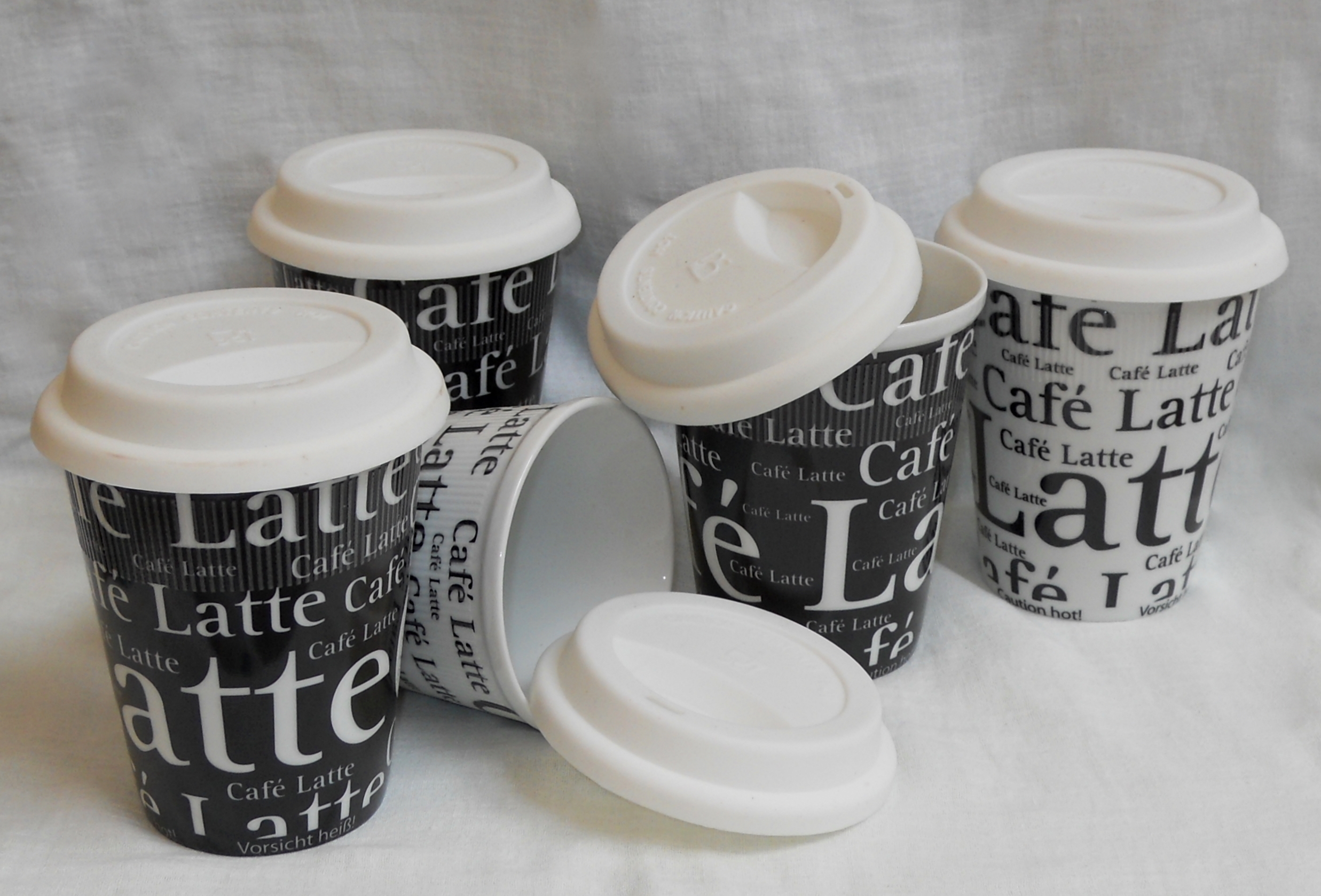 Credenza Con Tazze : Tazze e zuccheriera ceramica franco pozzi a forlì kijiji